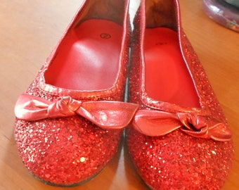 Vintage 1970s Wizard of Oz style Ruby Red Slippers (Shoes)