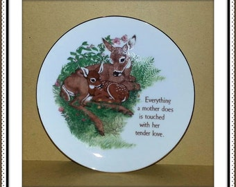 """Everything a Mother Does is Touched by Her Tender Love - Lasting Memories 6.25"""" Vintage Collectors Plate - L.K. Powell Design -  Japan"""