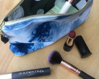 cosmetic bag-zipper pouch
