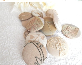 CLEARANCE - 16 taupe mix fabric covered buttons, mixed sizes