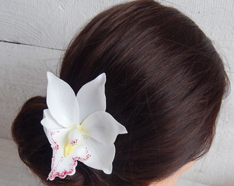 White orchid flower hairpiece Hawaii hair flower hair pin Tropical head piece Orchid hair comb Beach wedding tropical flower hair clip