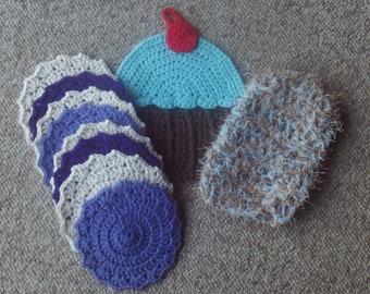 Set of 8,coasters,dish mitt,pot holder,kitchen,gift,crocheted,cupcake,purple,gift set,cotton