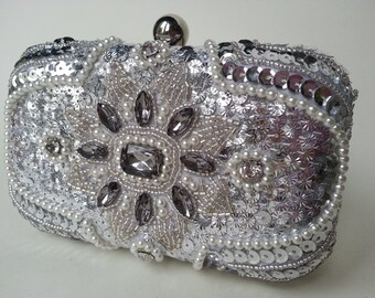 Silver diamond mini evening wedding prom clutch