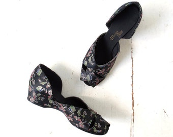 Vintage 40s Slippers | Boudoir Shoes | 1940s Satin Shoes | Size 8