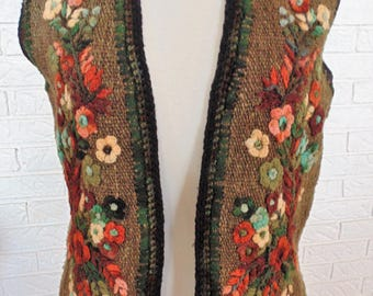Hand knit chunky wool vest OOAK awesome fall woodsy color flowers moss green S/M