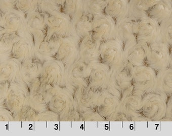 Shannon Fabrics Frosted Rose Cuddle Beige/Camel Cuddle