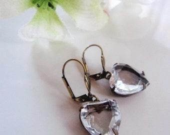 Klar Glasherz Ohrringe, böhmische, Vintage-Stil, kleine Ohrringe, Messing, Immobilien-Vintage-Stil, Hochzeitsohrringe