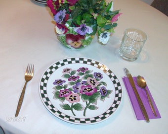 """Vintage PANSIES ON 5 PLATES 10.25"""" Colorful Floral on White with Tiles as Trim"""