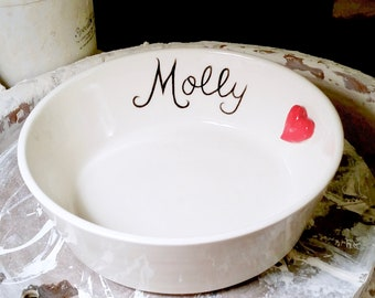 Custom Handmade Large Dog Bowl, Dog Bowl with Heart, Personalized Hand Lettered Dog Bowl with Name, Ceramic Dog Bowl, Unique Dog Bowl,