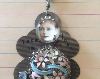 Key lady jewelry pendant with clock parts