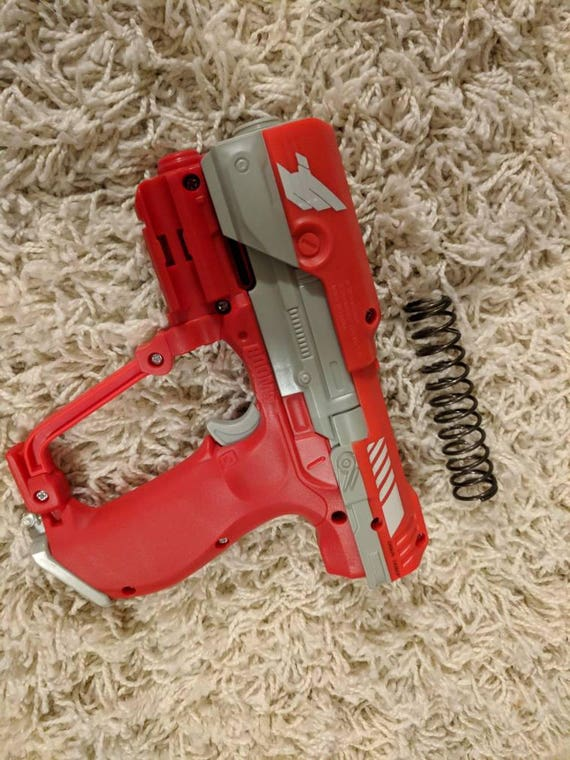 This AccuStrike AlphaHawk Nerf gun is selling for just $16, the lowest  price ever. What are you still doing here?