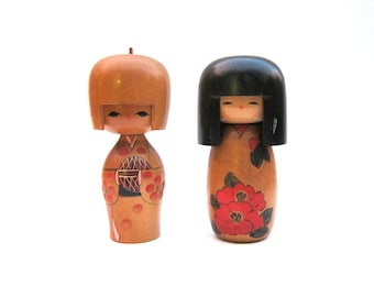 Set of Vintage Japanese Kokeshi Dolls