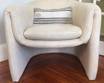Unique Mid-Century 70s Italian Style Folded Arm Barrel Chair // Cream Tweed Upholstery // Style of Saporiti