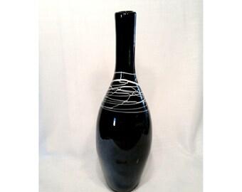 Black Art Glass Vase, Regency Hollywood, Tall Statement Vase, Mid Century Modern, Black and White, Iridescent Black, Minimalist