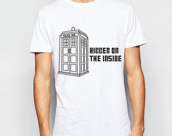 New Colors - Bigger on the Inside - Doctor Who - Tardis - T Shirt