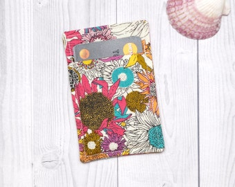 Floral Slim card wallet, Summer Daisy wallet, Credit card wallet, Credit card case, Card Sleeve, Business card case, OOAK, Minimalist wallet