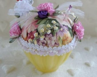Yellow rose pincushion, shabby chic, sewing pincushion, rose pincushion, cupcake pincushion, sewing pins, pin holder, collectible pincushion