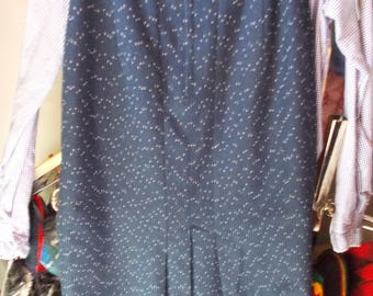 1980s/Retro '40s blue flecked Skirt w multiple kick pleats in back, sz M