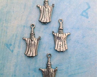 Wizard Charms---24 pieces-(Antique Pewter Silver Finish)--style 835-Free combined shipping