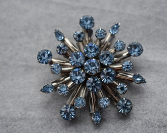 Brooch Atomic Statement Blue with Silver Tone Setting