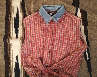Sleeveless plaid tie up blouse