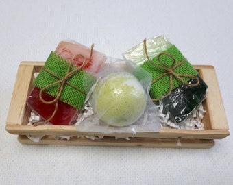 Gift set - 2 soaps and 1 ball bath