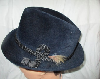 Fedora Churchill ltd Homburg  Style Blue Felt Fedora  Size 7-1/8 Mens Vintage Hat / Fedora
