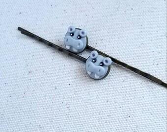 Hippo bobby pins