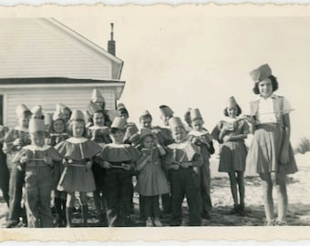 vintage photo 1948 Little Children Costume School Hats Capes
