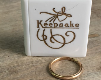 Keepsake branded 14K yellow gold migraine band with original fitted box