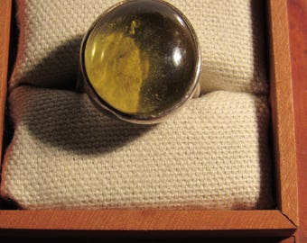 lemon ring marked 925 size 7 (box not included)