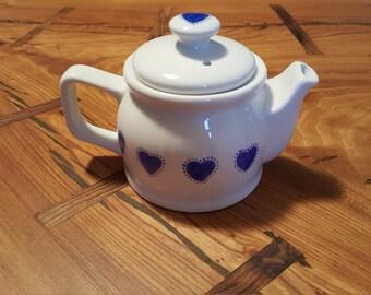Large hearts Teapot