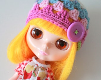 Playtime Clown Button Beanie - A Crochet Blythe Doll Hat for Kenner Neo Pullip - Granny Square Hat - Crochet Beanie - Eriko's Emporium