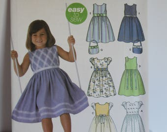 Simplicity 5223 Girls dress and purse pattern
