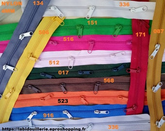 20 colors available, closed by the meter 4mm with 3 sliders already on the mesh nylon each meter