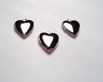 3 pcs - Silver plated Heart mini Lockets - m258s