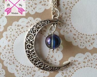 Moon pendant, Moon Quartz necklace, Quartz Necklace, Moon Necklace, Gem stone necklace,
