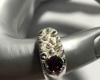 Vintage Garnet Sterling Silver Ring Size 8.5