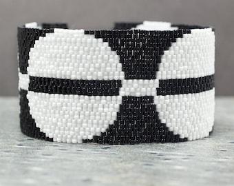 Bead Bracelet, Seed Beads, Cuff Bracelet, Geometric Jewelry, Peyote, Black Bracelet, Modern Jewelry, Beaded Bracelet