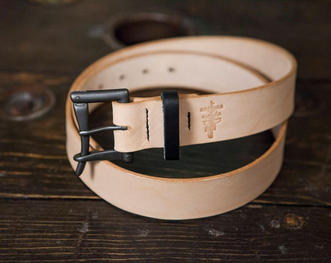 """1.5"""" Black & Natural Quick Release Belt- Black Buckle with Natural Vegetable Tanned Leather with Black Bridle Keeper"""
