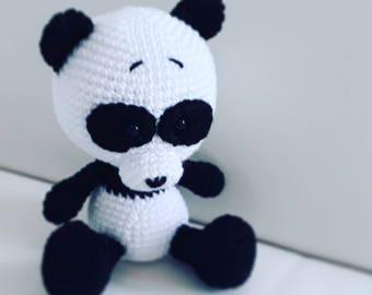 Little crochet panda bear - finished toy