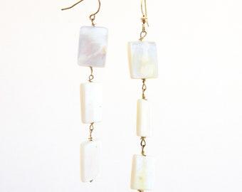 Pearl Earrings • Statement earrings • Gifts for her • Drop Earrings • Wedding Earrings • Bridal Earrings • Bridal Jewelry • Cute Earrings