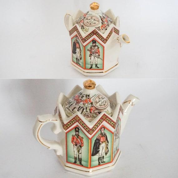Sadler Ceramic Tea Pot Duke Of Wellington And Soldiers Of