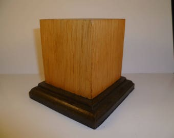 square wooden base made with oak chnat1