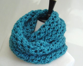 Knitting pattern Infinity Scarf quick and easy beginner scarf pattern instant download pdf Infinity scarf tutorial