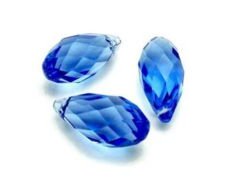 Briolette / Briolettes / 2 Crystal Briolettes / Faceted Briolette/  20 x 9 mm / Light Blue Briolette / Earring Briolettes / Briolette Beads