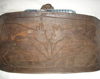 Tray (tray) in sculpts ebony in the hand. top ebony sculpts by hand.