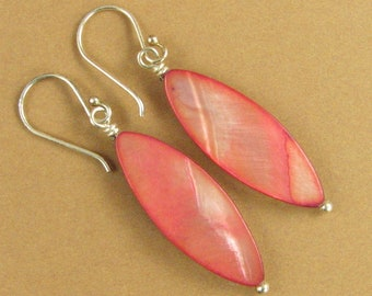 Shell & silver earrings. Peach pink. Shiny, iridescent. Long. Sterling 925.