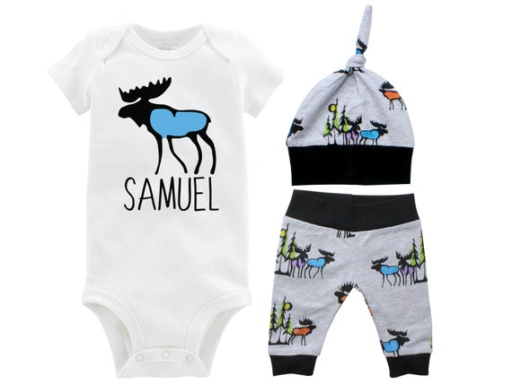 Personalized Moose Boy Coming Home Set Black Gray Onesie Bodysuit Infant Gift Set Boy Going Home Outfit Moose Outdoor Baby Shower Gift