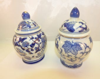 small blue&white  Chinese ginger jars (2)